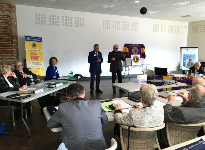 Le cabinet du gouverneur du district 103 sud des lions club en réunion à Carbonne