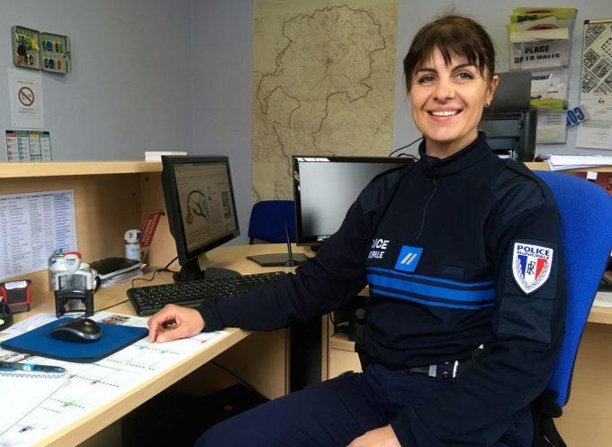 Anne Favre Surreau nommée policière municipale