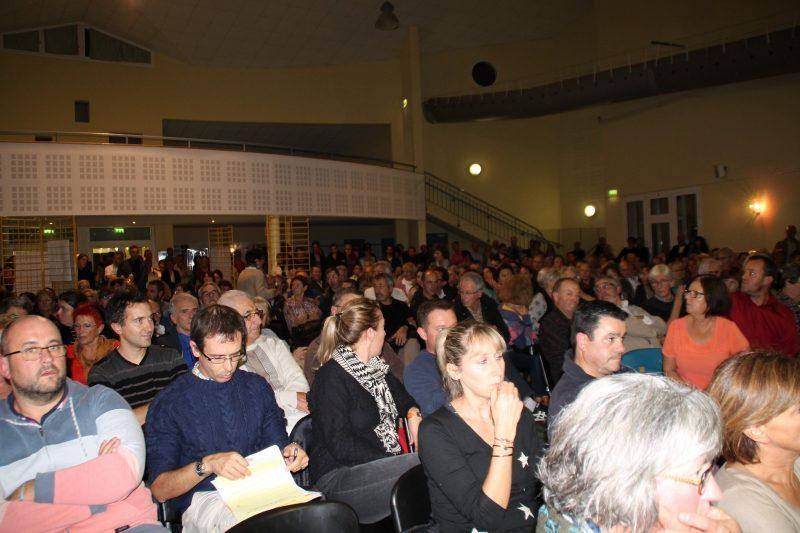 Le public était venu chercher des réponses