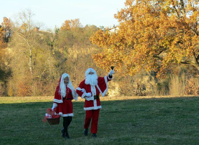 Carbonne : Le Père Noël des municipaux.