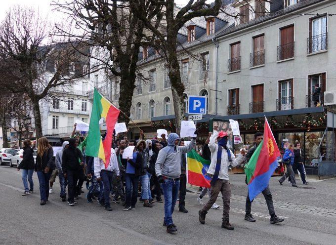 Migrants : Manifestation à Luchon des mineurs réfugiés.