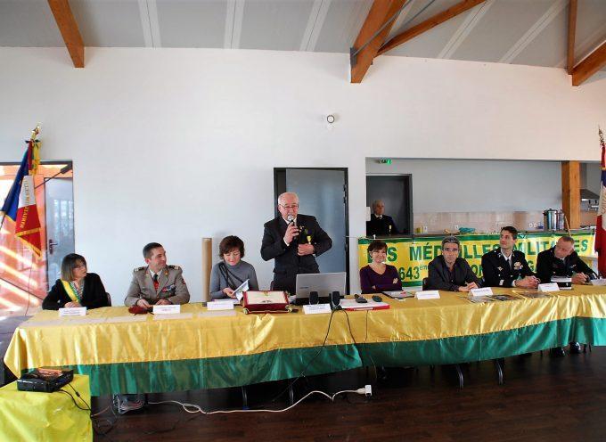 Les Médaillés Militaires en assemblée.