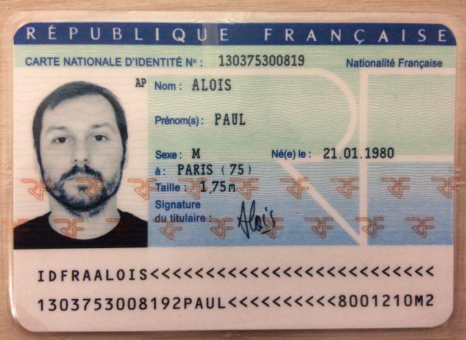 Cartes d'identité, passeports, certificats d'immatriculation, permis de conduire… quand vos démarches sont à portée de clic !