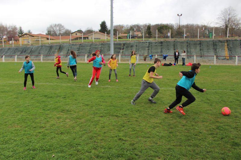 Le foot  une des activités proposées