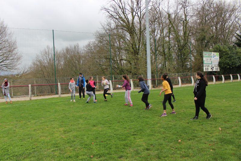 Toujours la balle ovale ( rugby XIII )