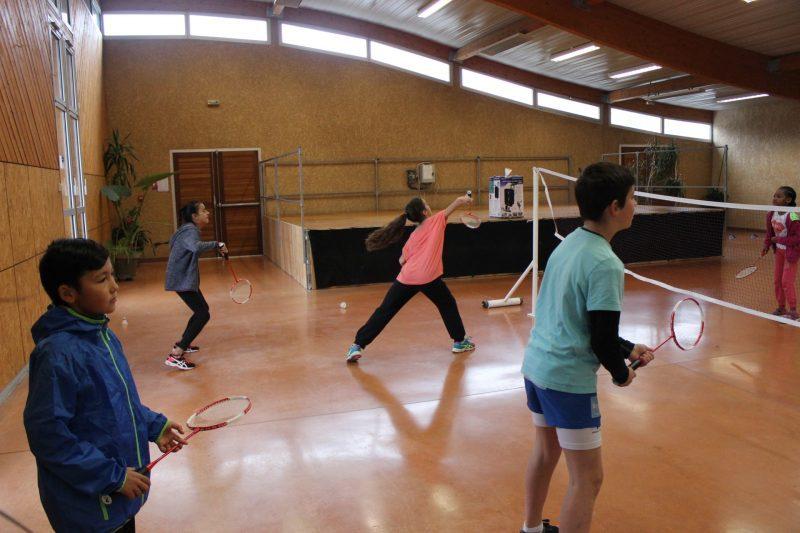 Le badminton abordé dans la salle polyvalente