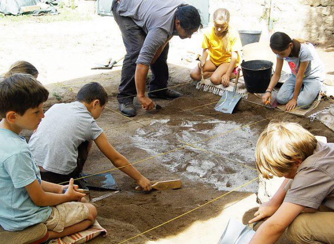 Le Musée-forum de l'Aurignacien lance son Club des petits archéos.