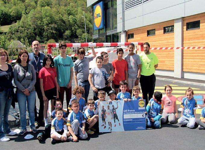 Lidl soutient le club de handball de Bagnères de Luchon.