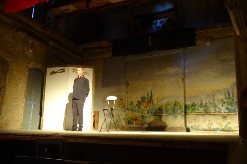 Olivier de Robert sur les planches du magnifique théâtre à l'italienne de Rieux Volvestre