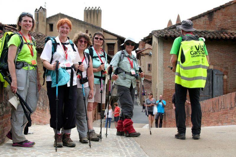 Faire la belle photo de l'arrivée à la cathédrale de Rieux