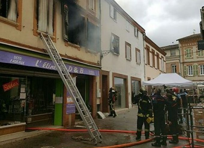Incendie pendant le marché.