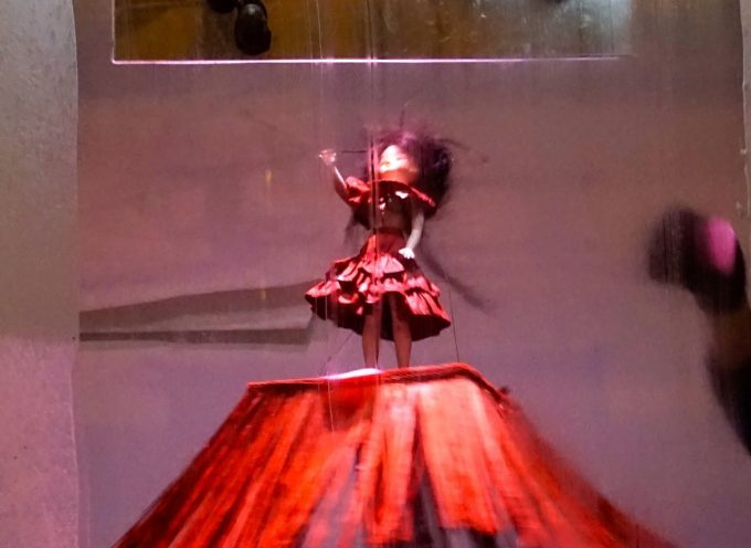 Pronomade(s) à Carbonne : Marionnettes en vitrine!