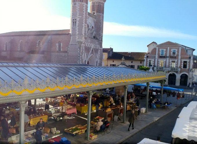 Le marché du vivre ensemble à Cazères.