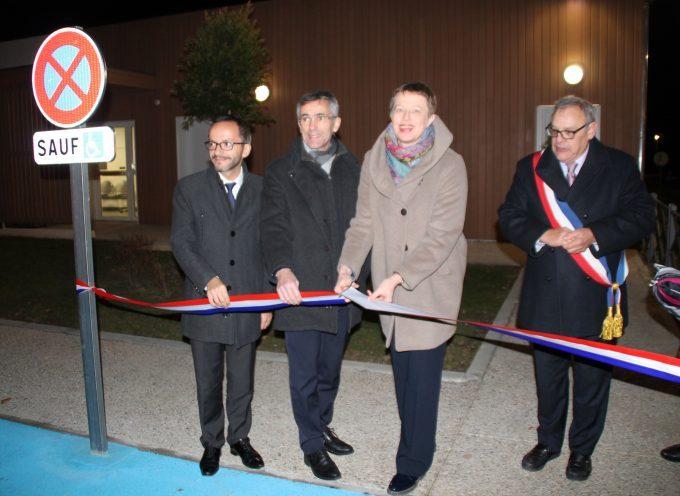 Inauguration d'une maison de santé à Miremont.