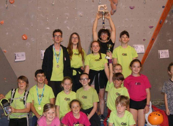 Les jeunes de l'école d'escalade au sommet de leur art lors du GET !