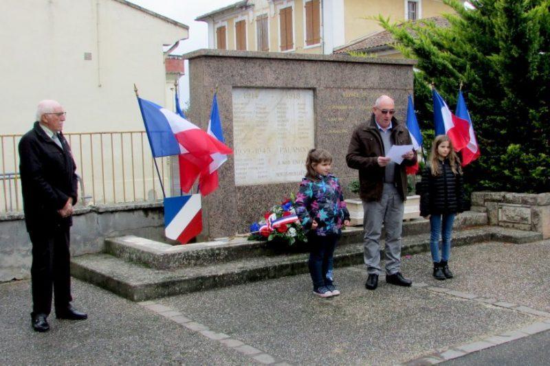 Roger Toullec (à gauche sur la photo)