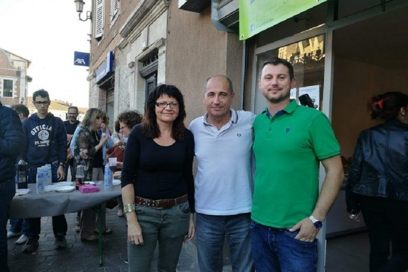 Sébastien Noguero aux côtés du maire Michel Oliva et d'Evelyne Salles, vice-présidente du CAC