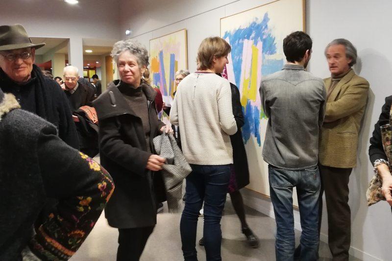 Parmi les visiteurs de l'exposition, Michel Dieuzaide