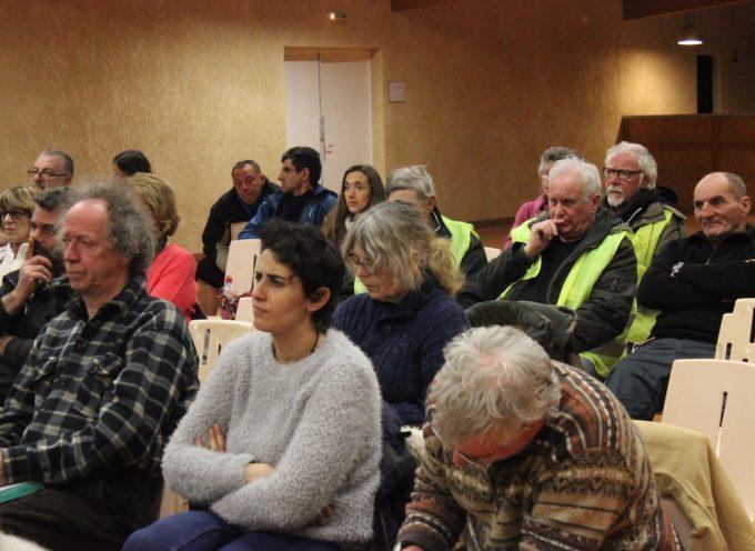 Saint-Gaudens : Les gilets jaunes face à la presse