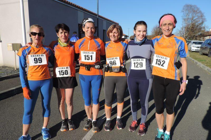 De G à D : Anne, Géraldine, Sylvie, Annick, Lucie et Stéphanie