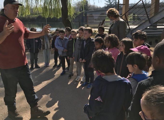Maison Garonne : L'aménagement paysager réalisé par les scolaires