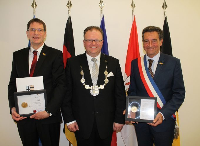 Médaille du mérite remise au Maire de Carbonne par la ville de Korschenbroich
