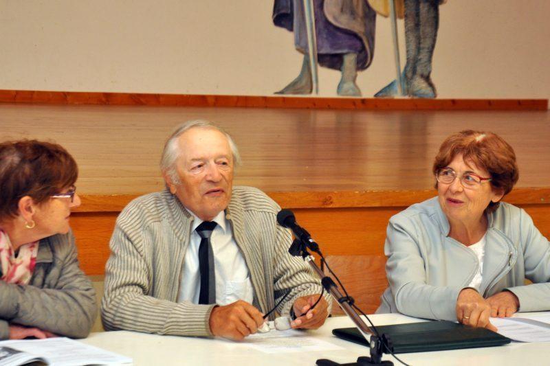 Le bureau avec au centre Guy-Pierre Souverville président