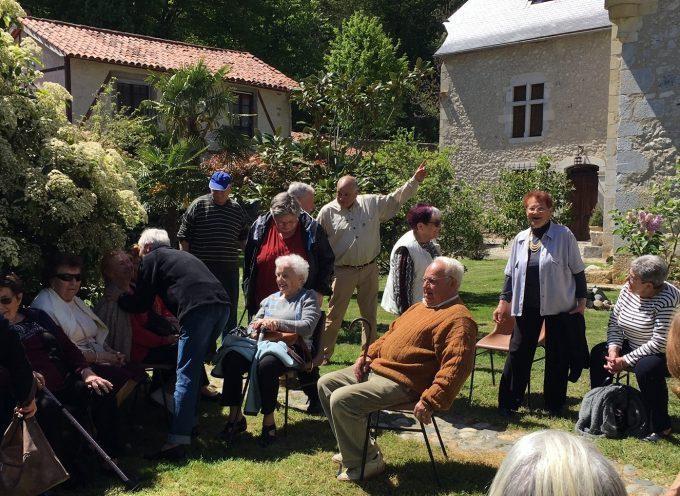 Les aînés de Gourdan-Polignan en visite au château