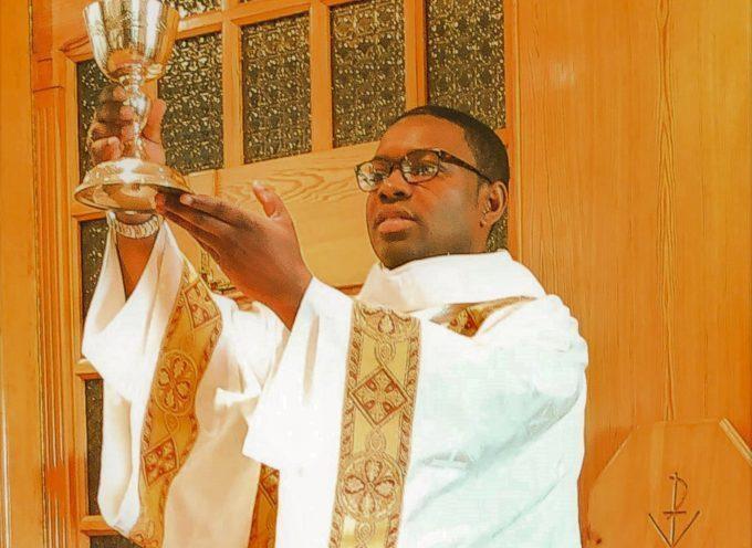 Ordination d'un prêtre à Muret