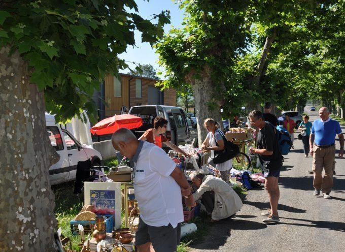 Ponlat-Taillebourg : Vide grenier
