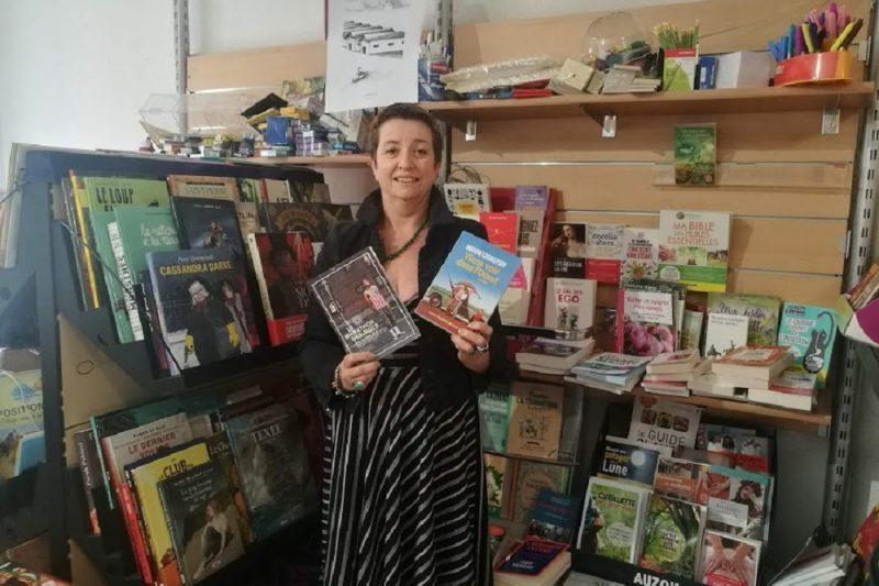 Martine Tatger a l'habitude de recevoir le Marathon des Mots dans sa librairie de Cazères