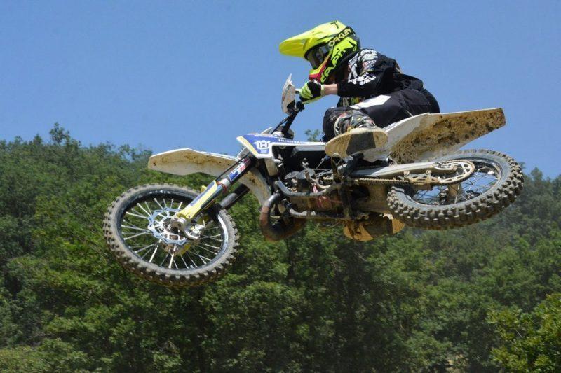 moto cross à Lieoux