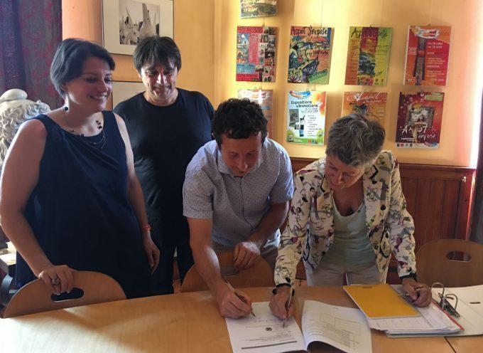 La signature du projet Bourg-Centre à Aspet
