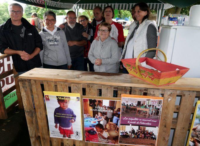 Gourdan Polignan : Vide grenier en demi-teinte pour VAM