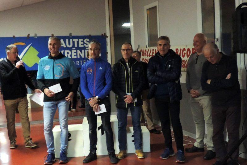 de g à d : Jean-Jacques (3e) Delmas et Jean-Jacques Soulier (4e)