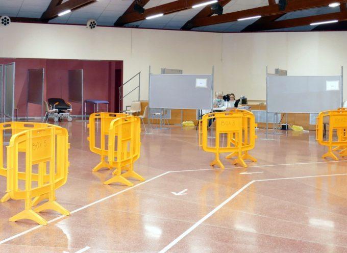 Covid-19 :La salle des fêtes de Carbonne transformée en un grand cabinet de consultation.