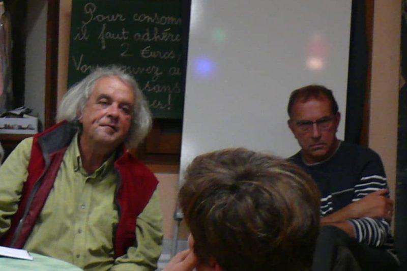 Deux membres actifs du bureau du SouiechKfé, Jean François à gauche et Martial.