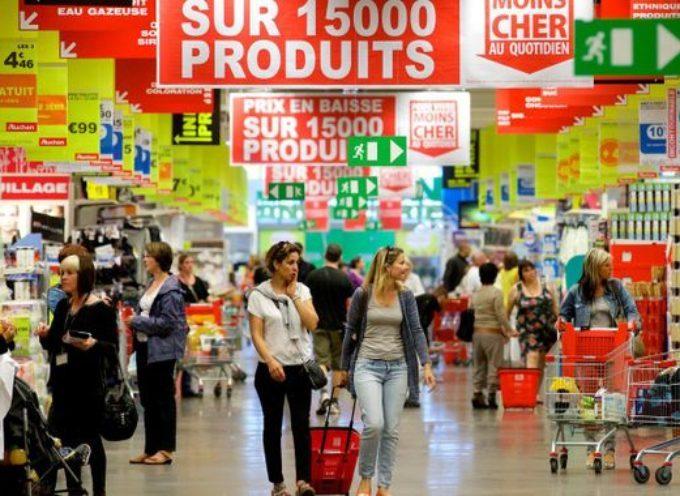 COVID-19 : forte affluence dans les centres commerciaux, changez vos habitudes !