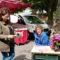 Brigitte Le Moël en dédicace sur le marché d'Aspet