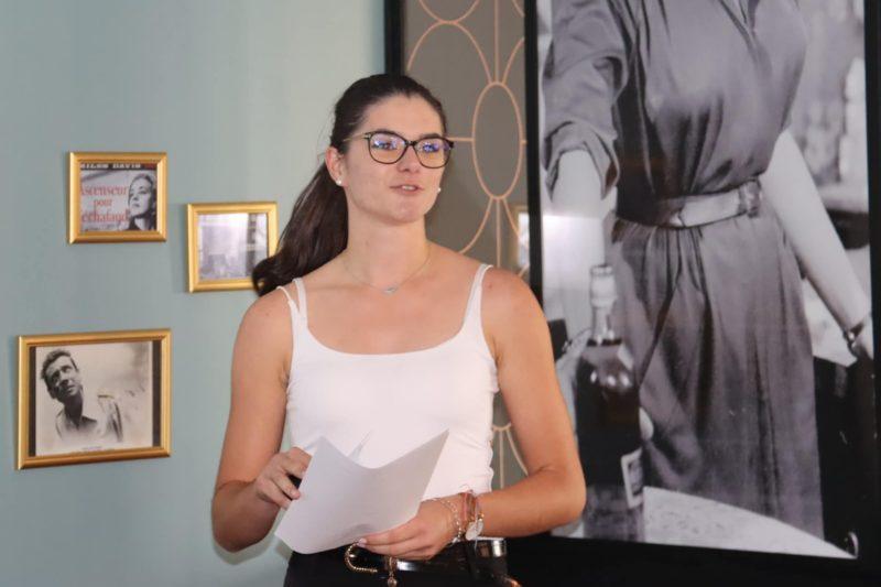 Emma pendant sa présentation