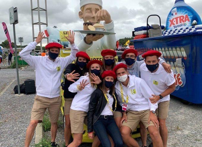 Tour de France Immersion dans la caravane publicitaire pour Petite République