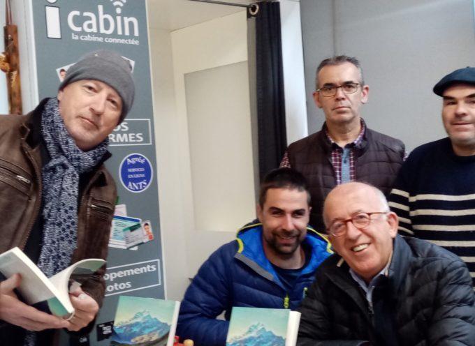 """Aspet : David Labarre a présenté son livre """"l'aventure à perte de vue"""" et Christian  Loubet sa réedition de """"En pêchant dans les Pyrénées"""""""