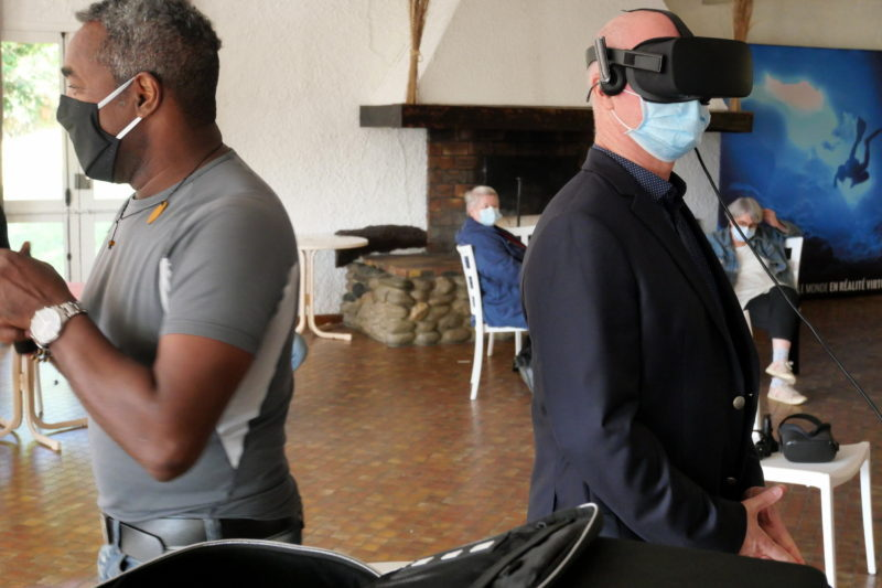 Eric Heuillet plongé dans le virtuel.