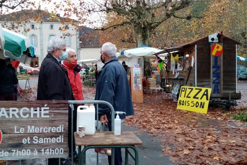 Le marché a retrouvé sa place sur l'esplanade du Pré Commun.