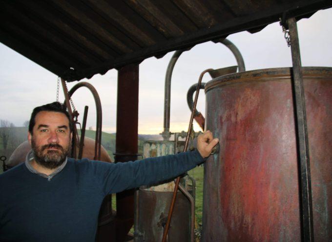 Bouilleur ambulant : Rencontre avec Pierre Rouch et l'eau de vie !
