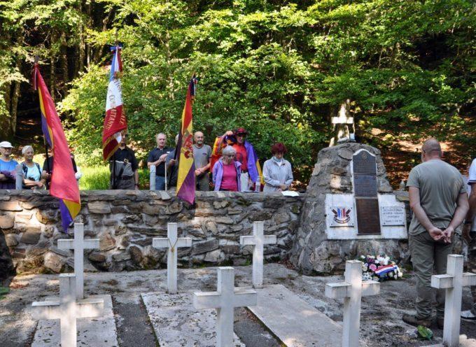 Sacoué / Nistos : Hommage au cimetière du Douly