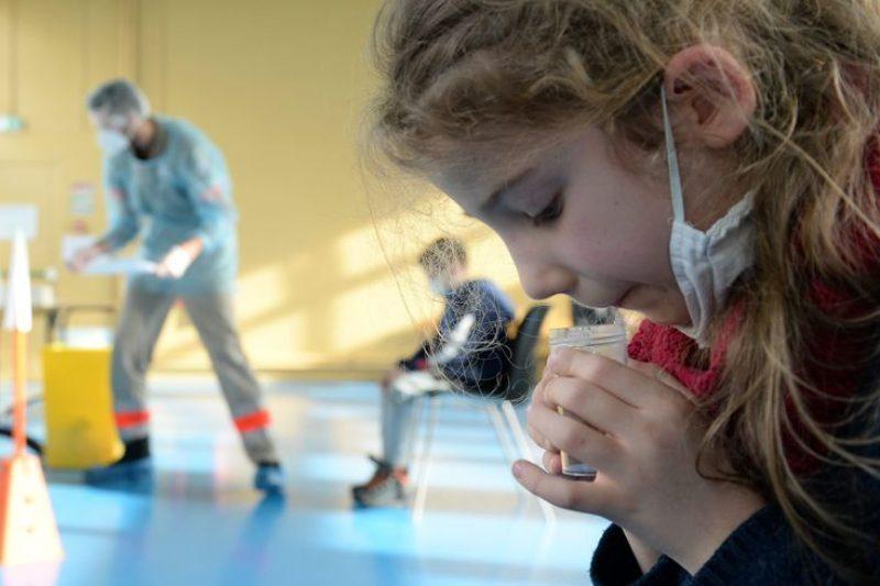 Les enfants seront soumis à des tests salivaires (photo illustration)